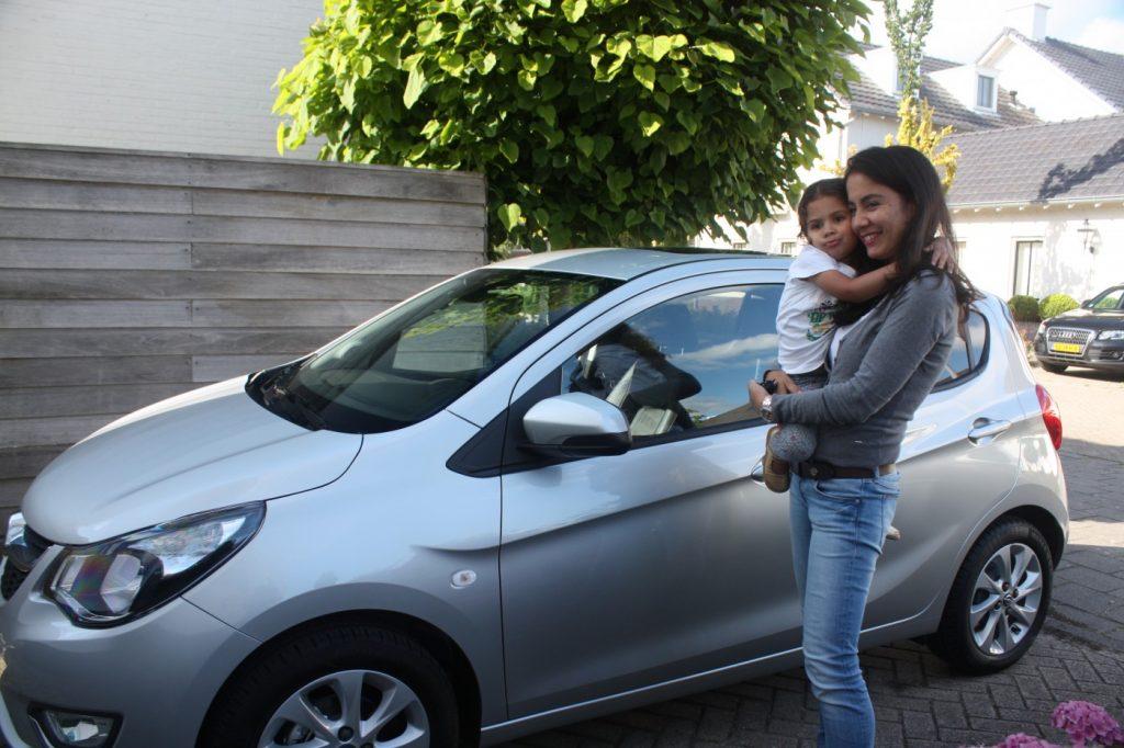 Momma's got a new ride...de Opel KARL!