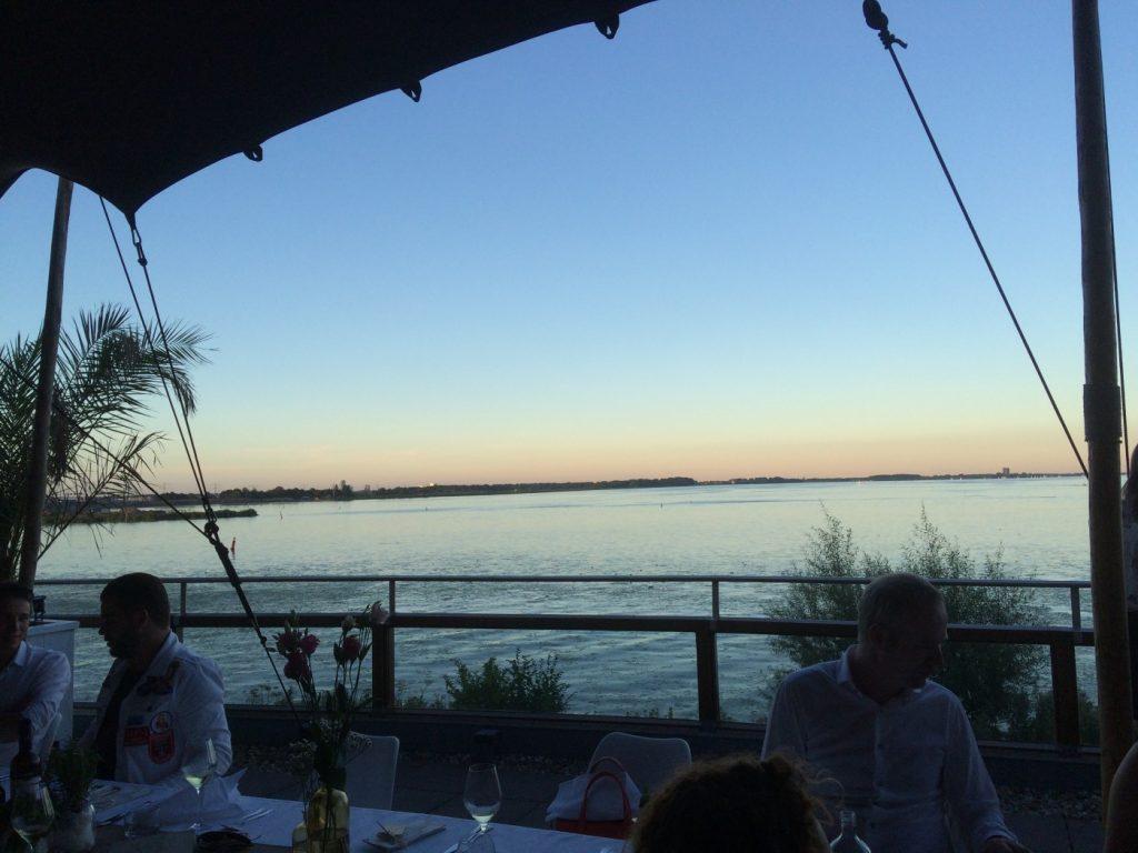 Op het juiste moment op de juiste plek, Het Grote Blogger Diner 2016