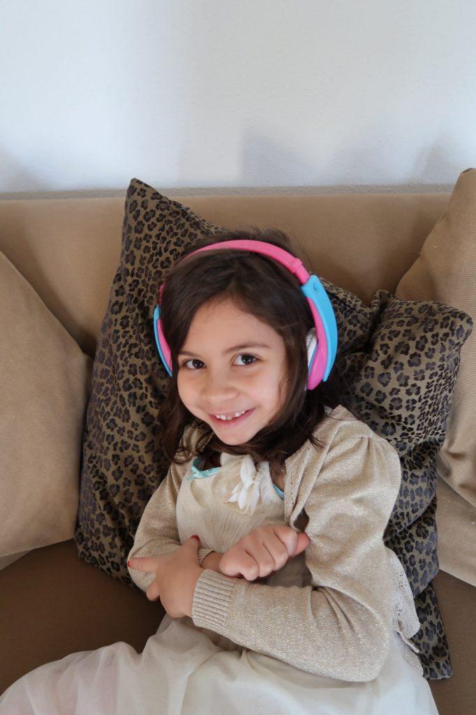 Hoe voorkom je gehoorschade bij jonge kinderen?